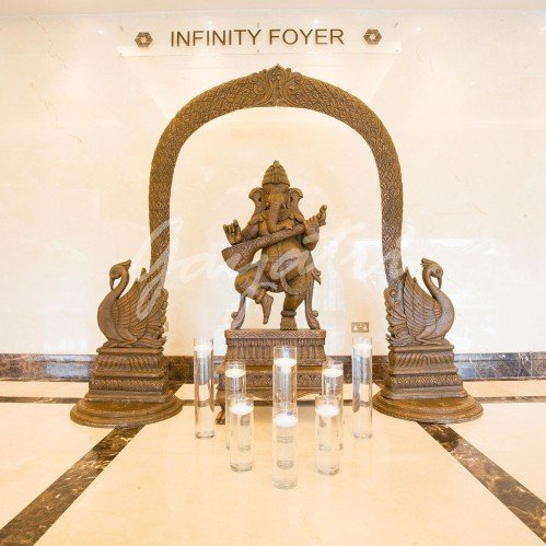Infinity Foyer decor